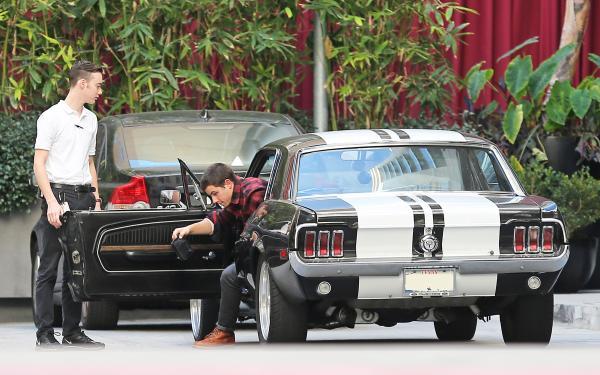 Nick Jonas Car